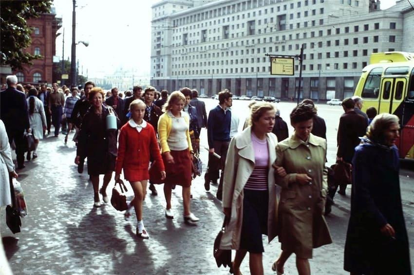 сама фото о советской жизни несли